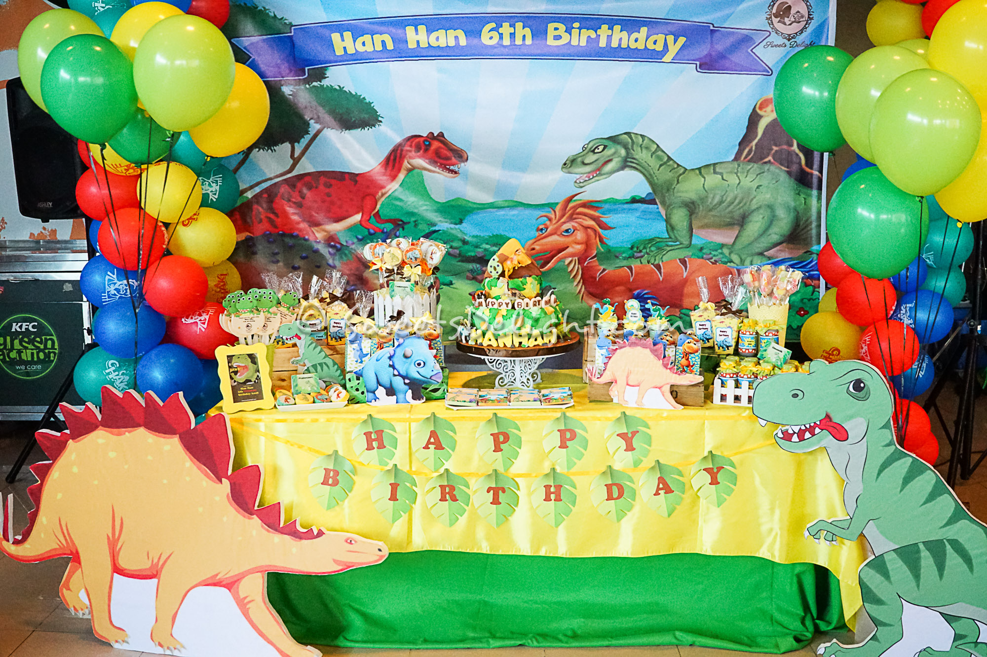 jurassic world party  u2013 sweets delight