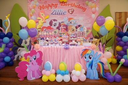 Little Ponie Zillie 09