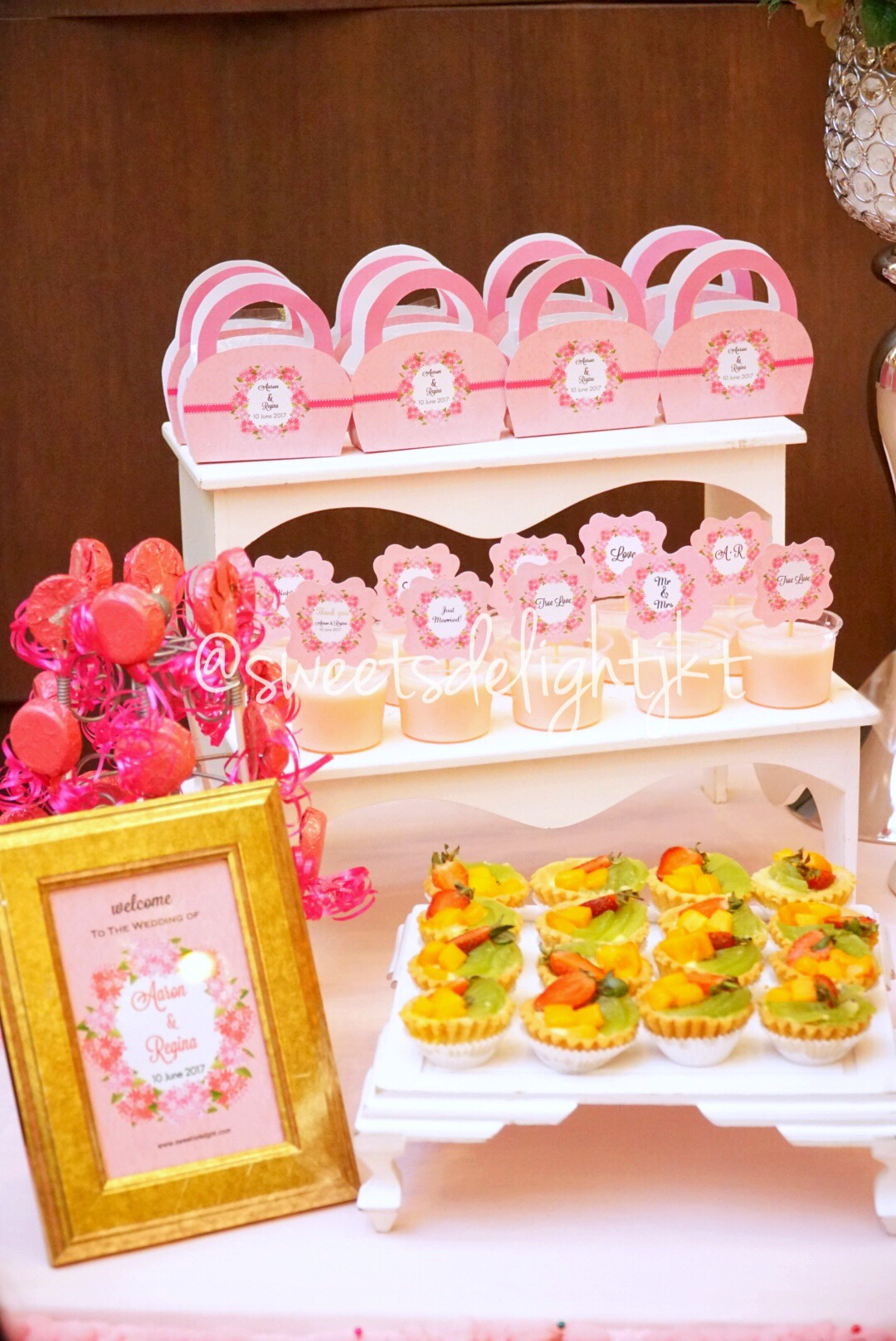 wedding dessert table – Sweets Delight